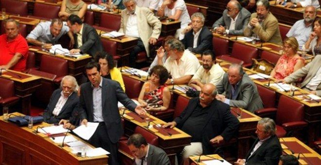 """Σύγκρουση για την απόφαση του ΣΥΡΙΖΑ για """"παραιτήσεις"""" των βουλευτών του..."""