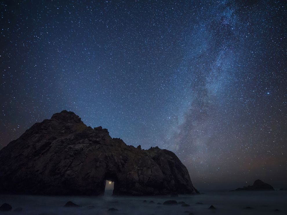 3starry-sky-pfeiffer-beach-california 76621 990x742