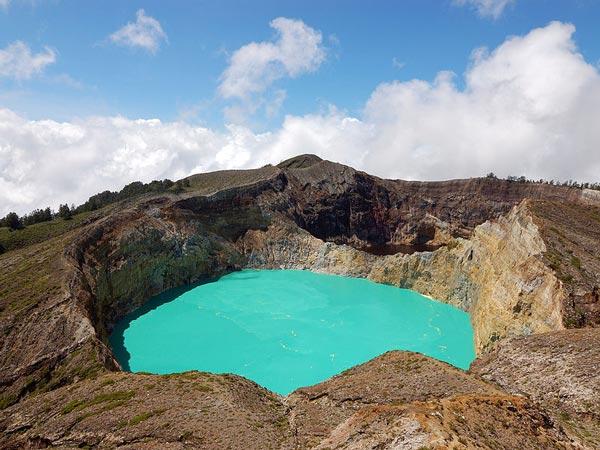 Kelimutu Crater Lake – Flores Island