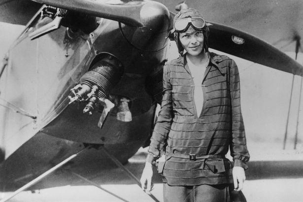 Amelia-Earhart-3219976