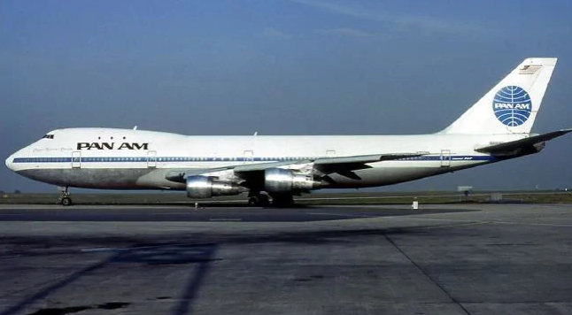 Μια Pan Am Boeing 747-121, παρόμοιο με το αεροσκάφος της τραγωδίας